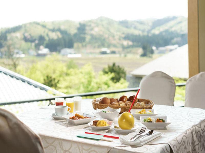 【豪華バイキングで朝から大満足!】一泊朝食付きプラン