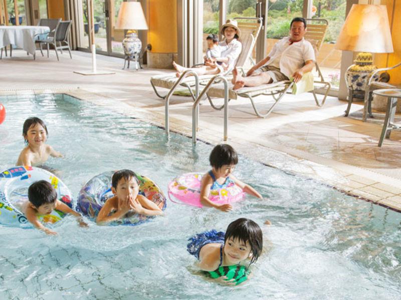 【お子様連れ限定・平日限定】屋内温水プール利用無料!ファミリープラン