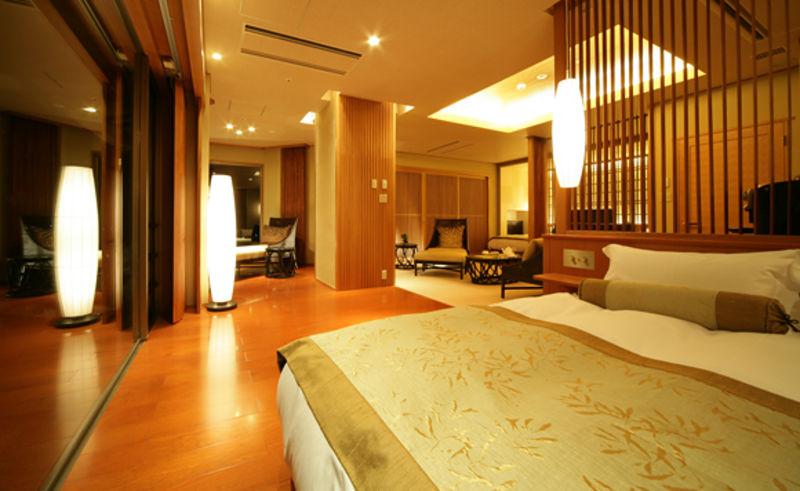 5階檜内風呂付客室タイプ